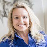 A photo of Lynn Oxley.